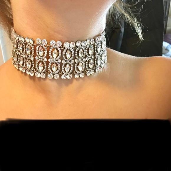 Jewelry - New crystal Chocker necklace
